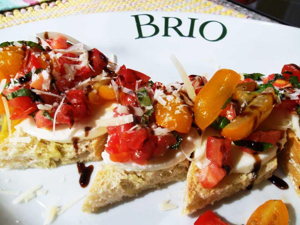 italian chain restaurant recipes tomato caprese bruschetta. Black Bedroom Furniture Sets. Home Design Ideas